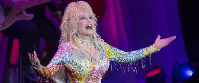 Solotech - Dolly Parton - Pure and Simple Tour